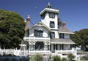 Point Fermin Lighthouse   Photo courtesy of C Hanchey, Flickr